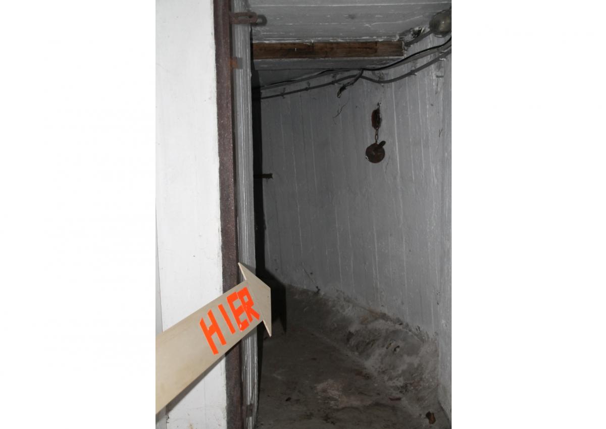 bunker1_0104.jpg