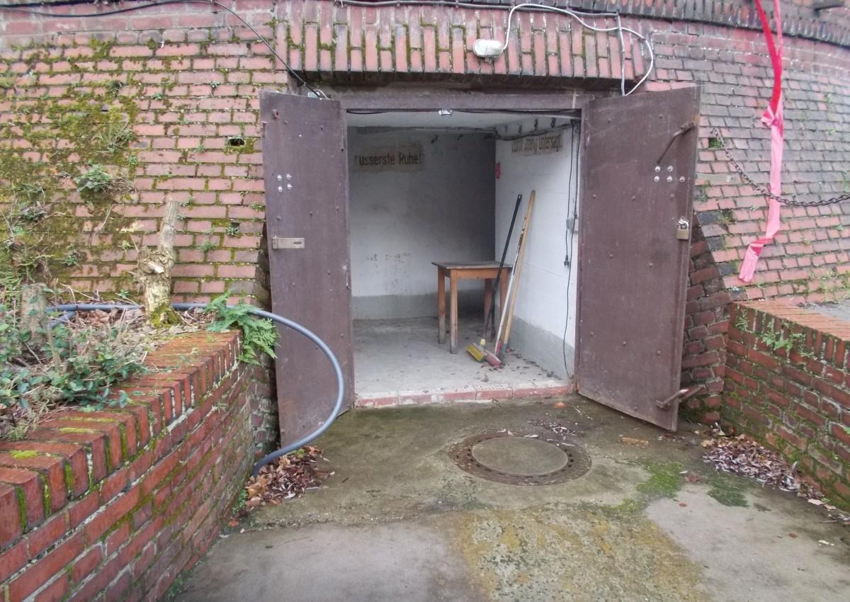 bunker1_Nik_0001.jpg
